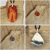 Atelier lapidaire agate et Lune, Pendentifs cabochons + pendentifs chaîne argent avec pierre sertie